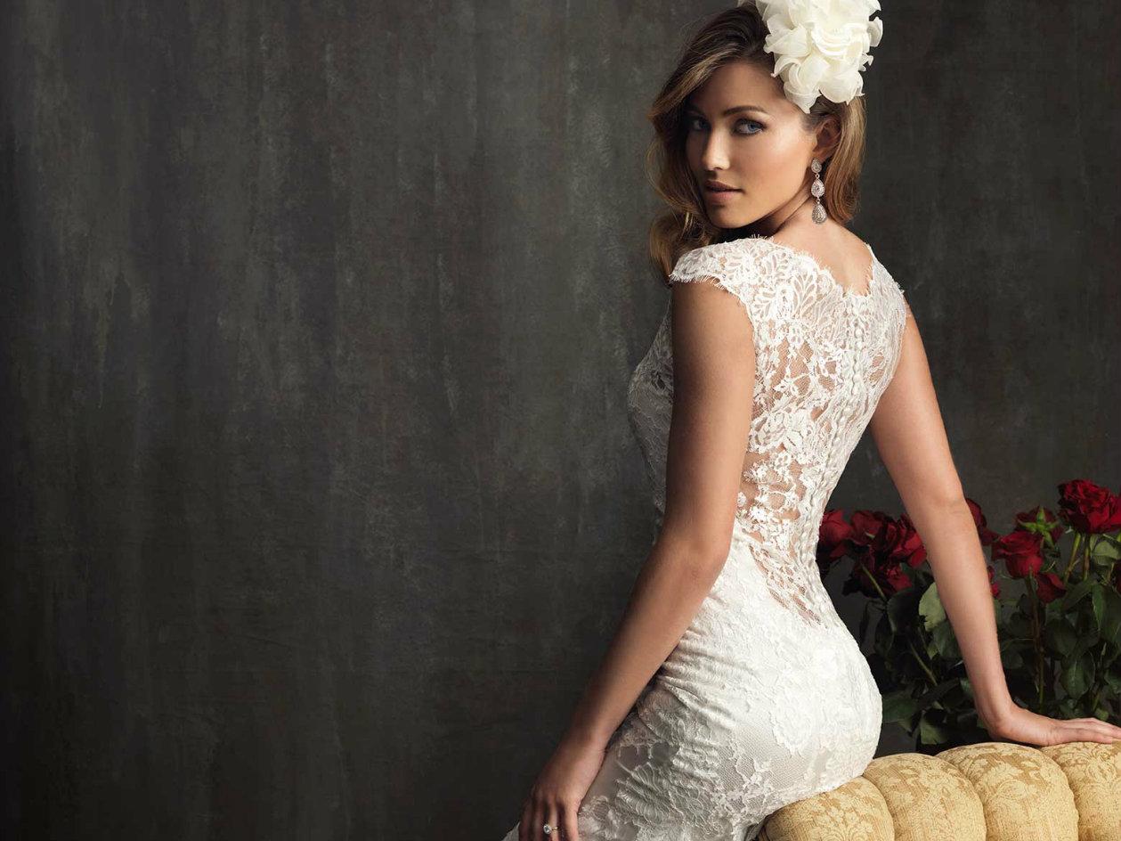 Ретро-свадебные-платья-2016-Изысканное-свадебное платье-9068-Allure-Bridals-1